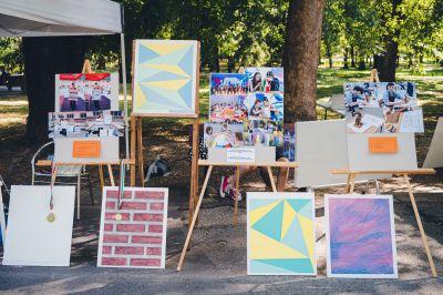 """Многобройни посетители не спестиха суперлативи за експозицията на ГСАГД """"Кольо Фичето"""" за  Международния ден на младежта - Изображение 4"""