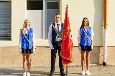 """Със самочувствие и гордост започнаха новата учебна година в ГСАГД""""Кольо Фичето"""" - Изображение 6"""